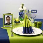 Bordpynt, bordkort og invitation i limegrøn og blå med fodbolde