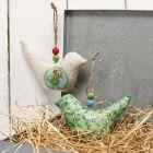 Ophæng med fugl af stof pyntet med decoupagepapir og perler