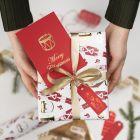 Til og fra kort til jul pyntet med dekorationsfolie og design limark