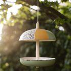 Fuglefoderhus af bambusfibre dekoreret med Plus Color hobbymaling