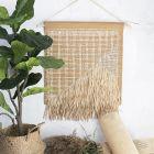 Vægophæng af læderpapir, rørflet og raffia papirgarn