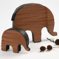 Malet papmaché elefant med træfinér