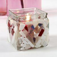 Glas til lys dekoreret med glasmosaik