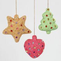 Julepynt af styropor beklædt med Foam Clay og pyntet med rhinsten