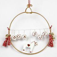 Jul med krympeplast og tråd