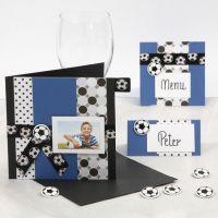 Invitation, bordkort og menukort med fodbolde