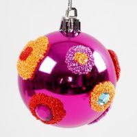 Julekugle i plast dekoreret med Foam Clay og rhinsten