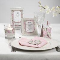Bordpynt, indbydelse, og bordkort med blomster motiver og rhinsten