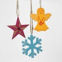 Juleophæng af træ - malet, tuschtegnet og glitterdrysset