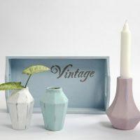 Små vaser af terrakotta, malet med Chalky Vintage Look maling