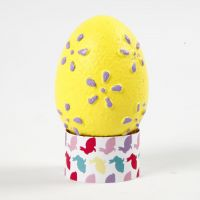 Æg med præget mønster malet med hobbymaling
