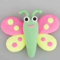 Modelleret sommerfugl af Silk Clay