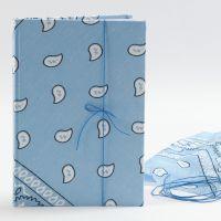 Skitsebog med bandana på omslaget