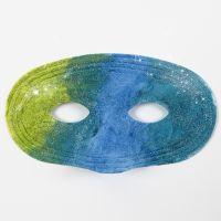 Sådan maler du på plastmasker