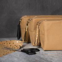 Kvast i læderpapir