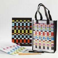 Taske og dækkeserviet dekoreret med papirvævning
