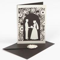 Invitation med udstanset bryllup motiv og blondekarton