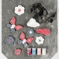Ophæng af Foam Clay large med udstiksforme