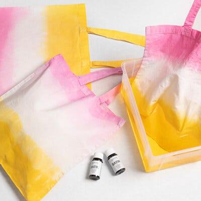 Sæt farve på dine tekstiler med batikfarve